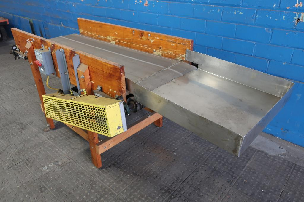 Conveyor belt conveyor 24 w x 67 l3