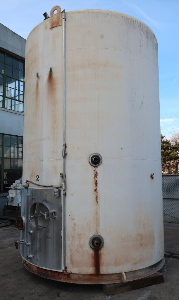 Tank 6000 gallon vertical tank, Stainless Steel Contact Parts, Refrigeration jacket, slope bottom4