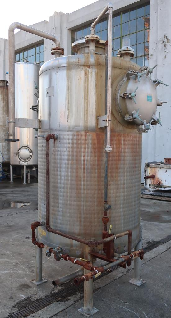 Tank 600 gallon vertical tank, Stainless Steel, low pressure dimple jacket, dish Bottom4