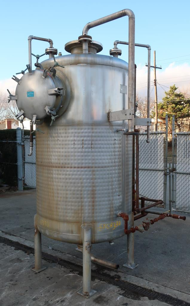 Tank 600 gallon vertical tank, Stainless Steel, low pressure dimple jacket, dish Bottom5