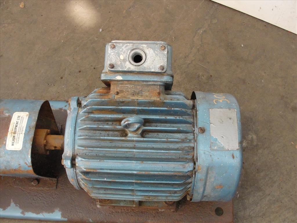 Pump 1x1.5x6 Power D centrifugal pump, 5 hp, 316 SS4