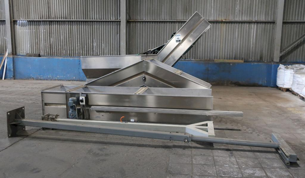 Unscrambler Lanfranchi bottle unscrambler model L3-SR18/24, Stainless Steel, up to 450 cpm23