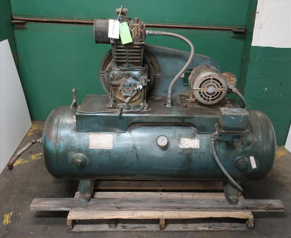 Compressor 5 hp Quincy air compressor model 325 151
