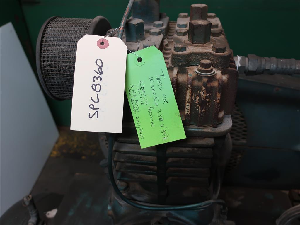 Compressor 5 hp Quincy air compressor model 325 158