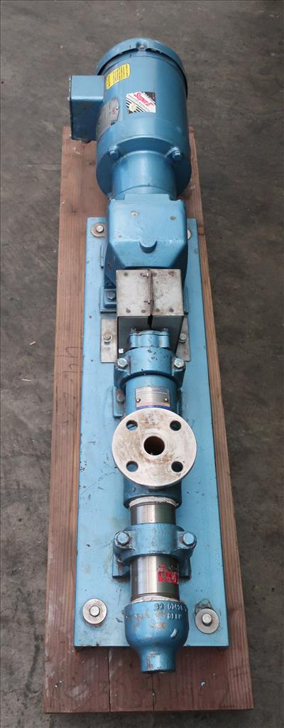 Pump Moyno progressive cavity pump model 3M1-SSJ-3AAA, 1/2 hp, Stainless Steel3