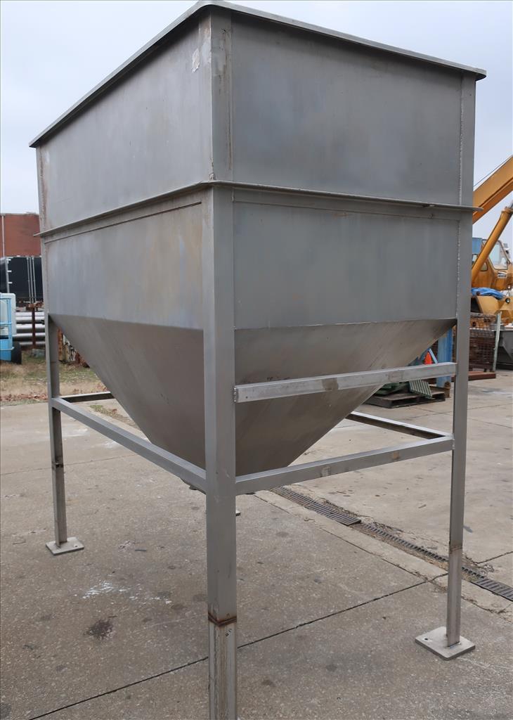 Bin 84 cu.ft., bulk storage bin, Stainless Steel3