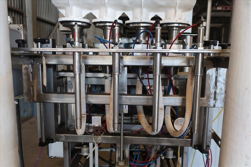 Filler 4 piston Simplex piston filler adjustable to 6 centers5