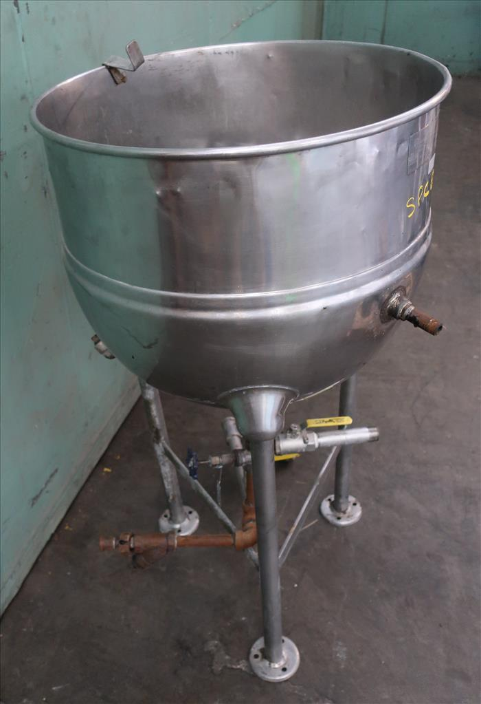 Kettle 30 gallon Groen hemispherical bottom kettle, 100 psi jacket rating, 316 SS2