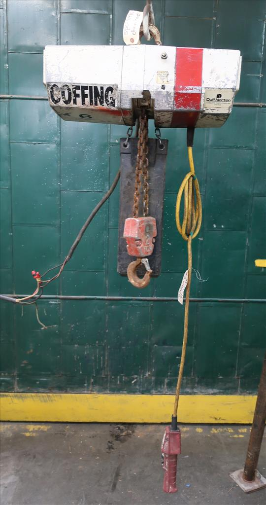 Material Handling Equipment chain hoist, 4000 lbs. Coffing Hoists model EC.4008.31