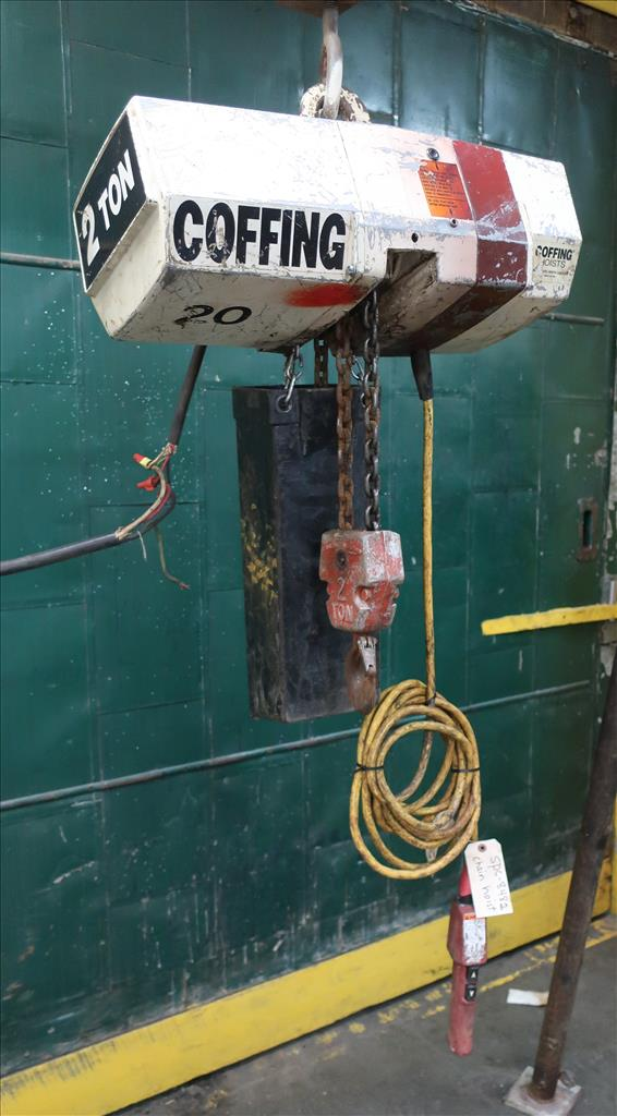 Material Handling Equipment chain hoist, 4000 lbs. Coffing Hoists model EC.4008.31