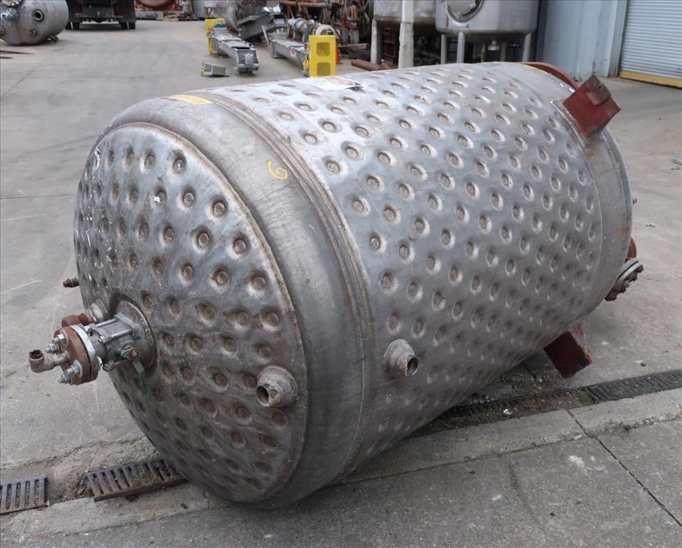 Tank 500 gallon vertical tank, Stainless Steel, dimpled jacket, 0.33 hp agitator, dish3