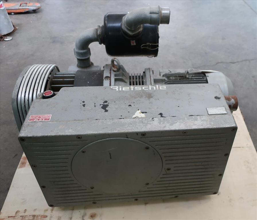 Pump 300  m3/hr flow rate Rietschie vacuum pump model VC300 10 hp4