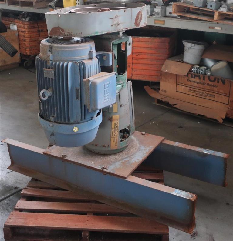 Agitator 30 hp Lightnin side mount agitator model 108 VSE S101