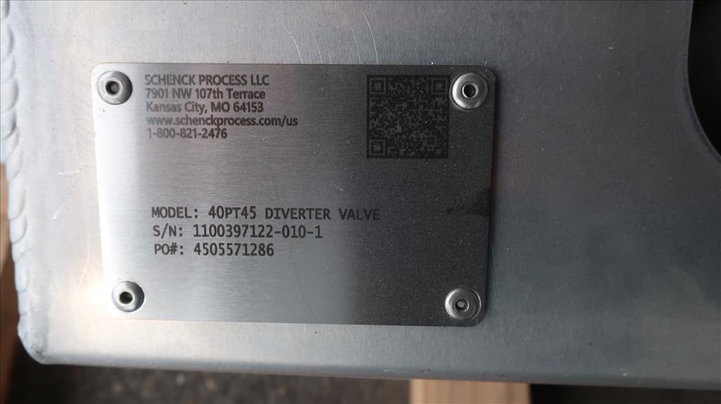 Valve 12 W x 33 L x 32 H Schenck Process pneumatic diverter valve, 40PT45 316 SS6