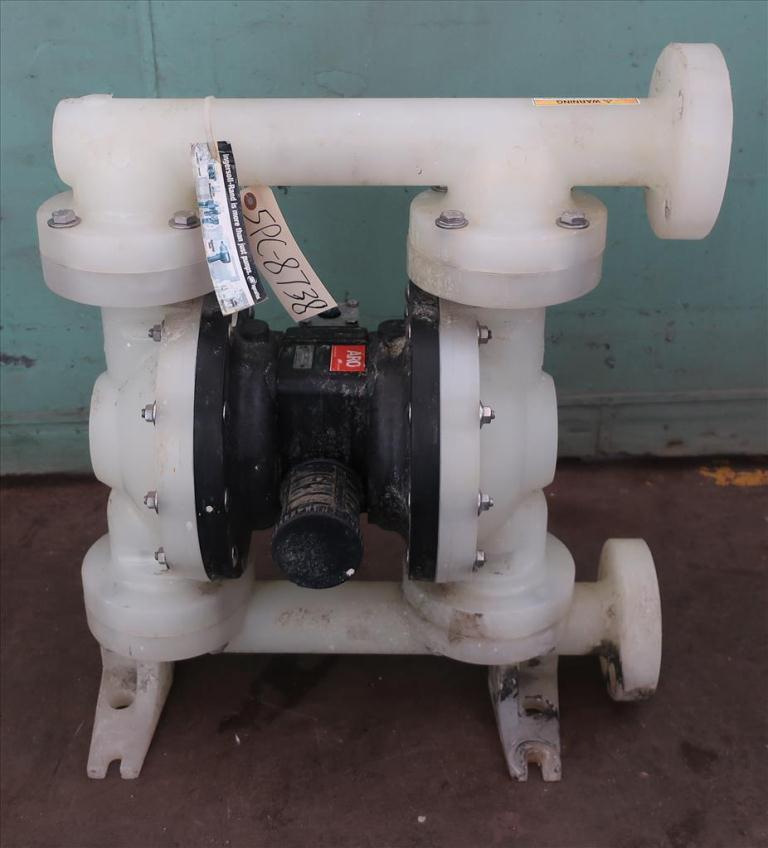 Pump 1.5 ARO Ingersoll Rand diaphragm pump, poly1