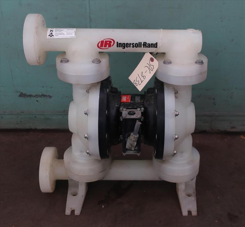 Pump 1.5 ARO Ingersoll Rand diaphragm pump, poly3
