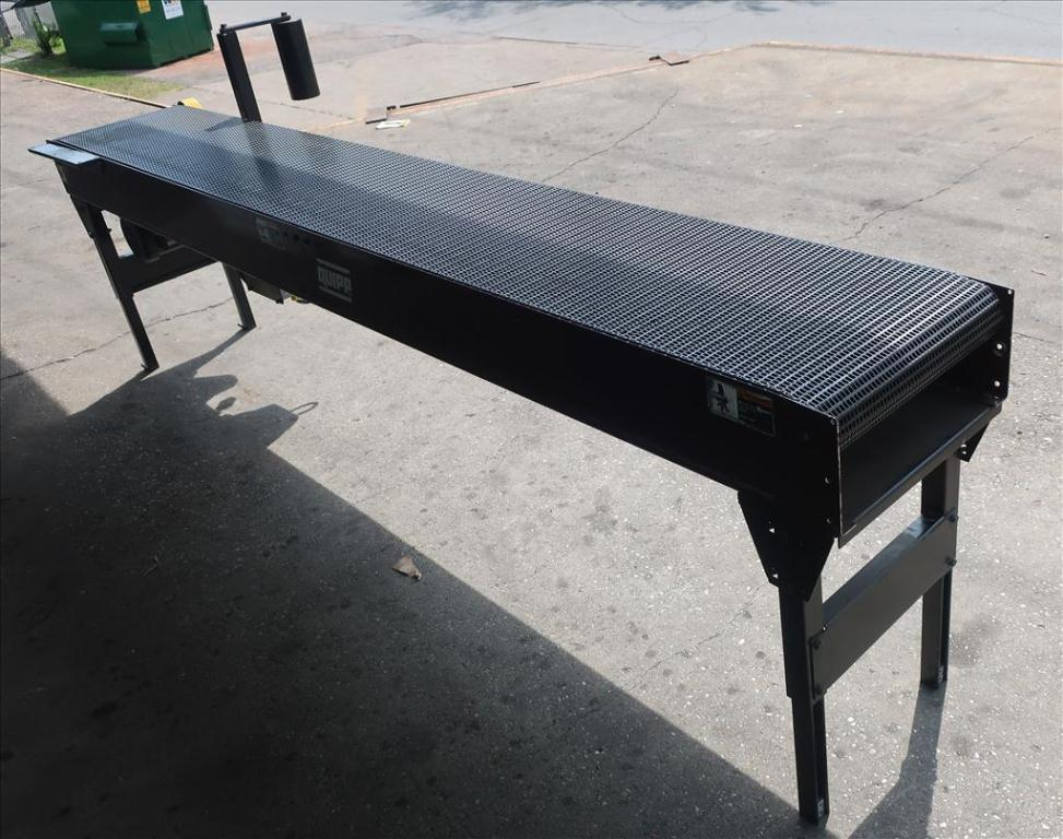 Conveyor Quipp belt conveyor model Mat Top Conv. Bundle Turn, CS, 18 x 1303