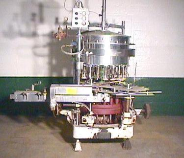 Filler 21 valve Horix liquid gravity filler model HBSG21-DA, 4.5 centers, up to 200 cpm