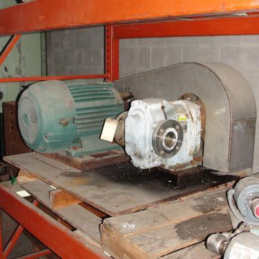Pump 2.5 inlet Waukesha positive displacement pump model 125, 20 hp, 316 SS