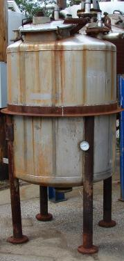 Tank 320 gallon vertical tank, Stainless Steel, dish