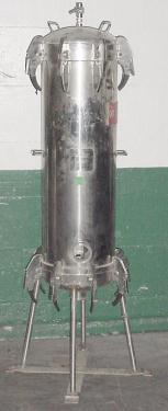 Filtration Equipment Pall Trinity Micro Corp cartridge filter model SANE2L48G47, 316 SS