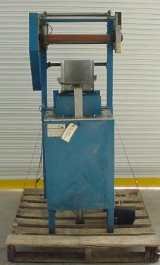 Labeler PTI heat shrink labeler model 25R
