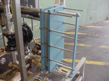 Heat Exchanger 40 sq.ft. Sentry Equipment plate heat exchanger, Stainless Steel Contact Parts