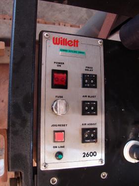Labeler Willett pressure sensitive labeler model 2600 series 2, Tamp On