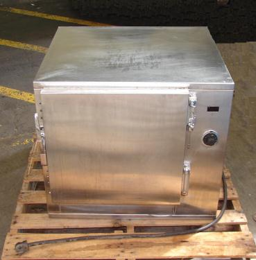 Oven 4.5 cu. ft. capacity BK Industries industrial electric oven, model HHC
