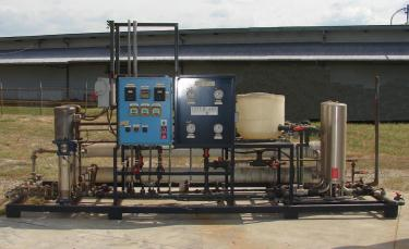 Filtration Equipment Interlake Water Systems Co. reverse osmosis filter, up to 31 gpm flow rate, 2 prefilters