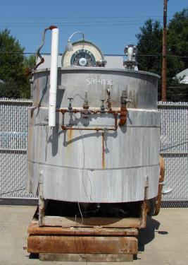 Tank 680 gallon vertical tank, Stainless Steel, 2 hp side mount agitator, flat