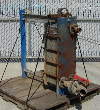 Heat Exchanger 93 sq.ft. APV plate heat exchanger, Stainless Steel