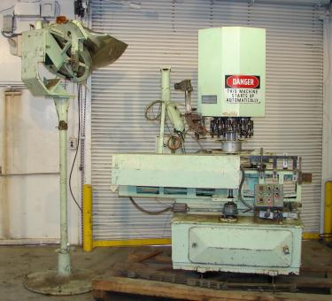 Capping Machine Alcoa ropp capper model 212-4-36, 30mm, 400 bpm