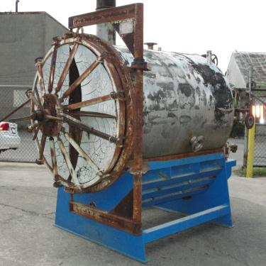 Filtration Equipment 550 sq.ft. US Filter Co. vertical leaf filter model Auto-Jet 400, 304 SS