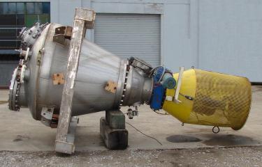 Mixer and Blender 35 cu. ft. capacity Krauss Maffei conical screw mixer, 150 psi  @ 450 f jacket, FV internal, 10 hp, 316 SS