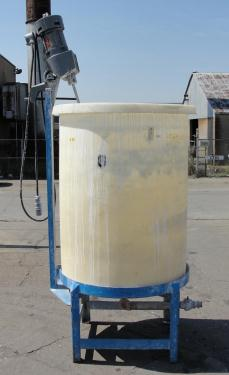 Tank 230 gallon vertical tank, Polyethylene, 3/4 hp agitator, dish Bottom