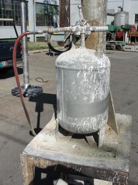 Mixer and Blender 10 hp Cowles disperser, Air over oil lift, variable speed drive