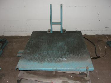 Material Handling Equipment scissor lift table, 40 x 47 platform