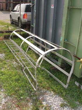 Miscellaneous Equipment ladder, 10 with safety cage
