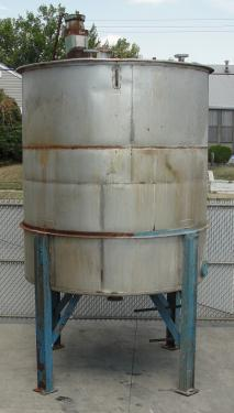 Tank 2200 gallon vertical tank, Stainless Steel, .5 Hp agitator, conical Bottom