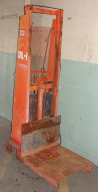 SPC-5425  Material Handling Equipment 1500 lbs capacity Econ
