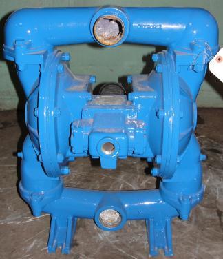 Pump 2 Warren-Rupp/ Sandpiper diaphragm pump, Aluminum