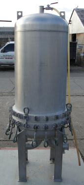 Filtration Equipment 35 sq.ft. Pall Corp cartridge filter model 4HD 886-1898, 316 SS