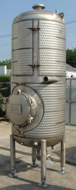 Tank 375 gallon vertical tank, Stainless Steel, 150 psi @ 400° F jacket, dish bottom