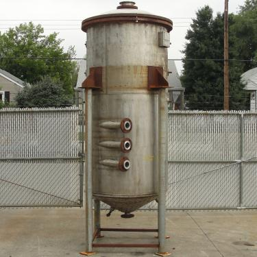 Tank 500 gallon vertical tank, Stainless Steel, 90 psi @ 330° F dimple jacket, conical bottom