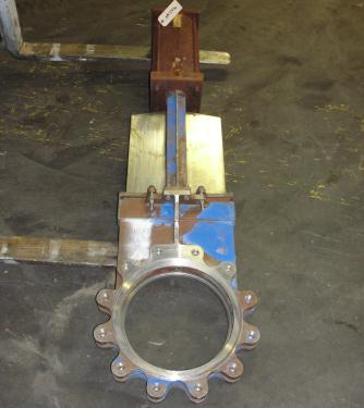 Valve 14 Hilton Valve Inc. gate valve, pneumatic, Stainless Steel Contact Parts