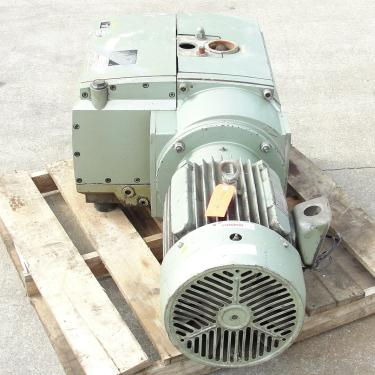 Pump 283 cfm Becker Pumps Corp vacuum pump model U4.400 SA/K 15 hp, Aluminum