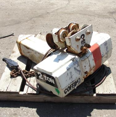 Material Handling Equipment chain hoist, 4000 lbs. Duff-Norton/Amstar model Coffing, 28 long chain