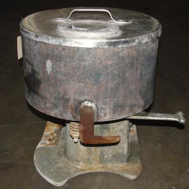 Mill 12 diameter bowl Cincinnati Muller Co mix muller