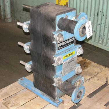 Heat Exchanger 46.8 sq.ft. Tranter Superchanger plate heat exchanger, Stainless Steel